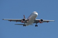 800px-Aeroplane_-_Faro_-_The_Algarve,_Portugal_(1470399788)